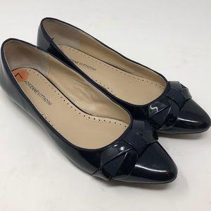 Adrienne Vittadini Black Flats Shoe with Bow